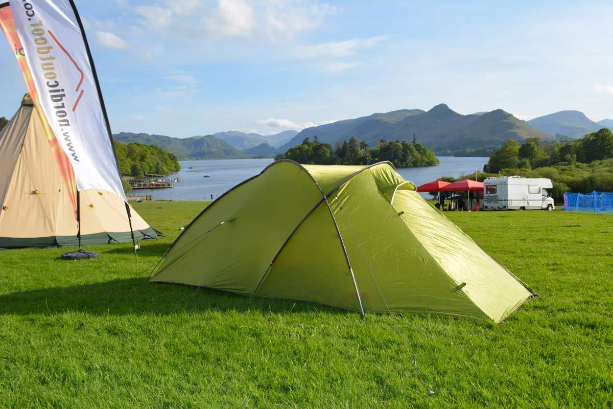 A solid and stable design and strong but lightweight fabrics are the marks of a good tent and on their own enough to tempt a knowledgable buyer but itu0027s the ... & Force 10 Ion2 2 man tent tested and reviewed